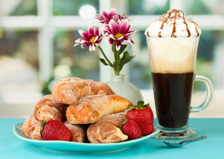 delicious bagels and fresh coffee on the table close-up Stock Photo - 15152599
