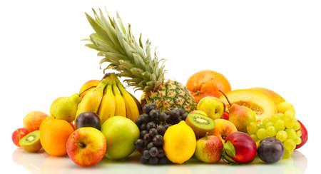 frutas tropicales: Surtido de frutas exóticas aisladas en blanco