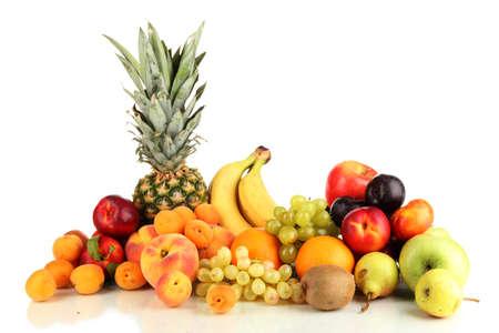 fruta tropical: Bodegón de frutas aisladas en blanco Foto de archivo