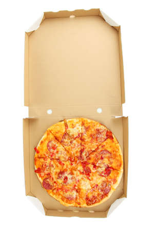 pizza box: Sabrosa pizza en caja aislada en blanco