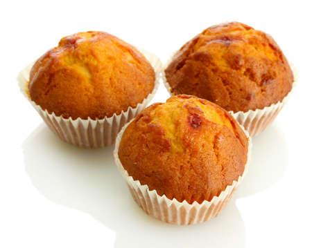 magdalenas: sabrosos pasteles del mollete, aislados en blanco