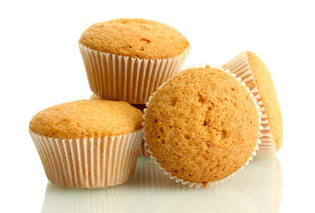 muffins: tasty muffin cakes, isolated on white
