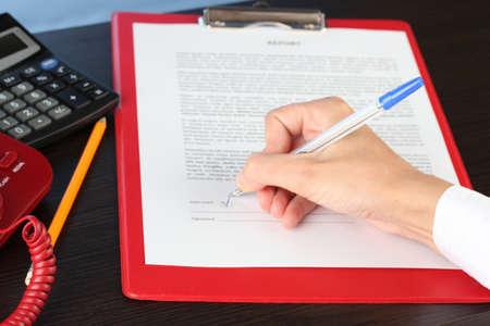 verdrag: ondertekening van een verdrag close-up
