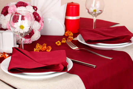 Elegant table setting in restaurant Stock Photo - 17052352