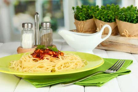 Italian spaghetti served in cafe Stock Photo - 17117598
