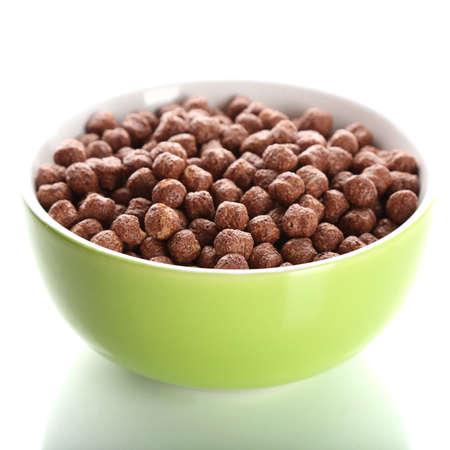 cereales: Cereal delicioso y saludable en un recipiente aislado en blanco