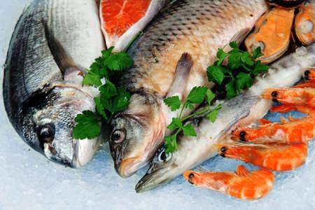 Fresh seafood on ice Stock Photo - 18043211