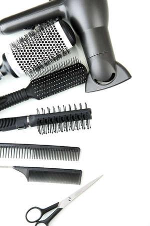 peluqueria: Cepillos de Peine, tijeras de pelo y art�culos de corte, aislado en blanco