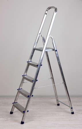 Metall-Treppe im Zimmer