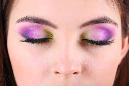 Hermosos ojos femeninos con maquillaje brillante Foto de archivo