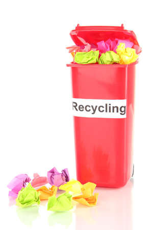 segregate: Recycling bin with papers isolated on white