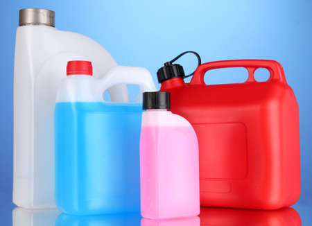 antifreeze: Liquids for car in canisters