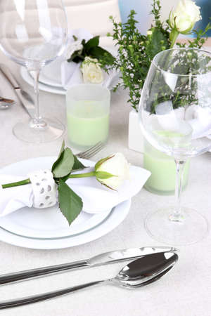 set table: Table arrangement in restaurant