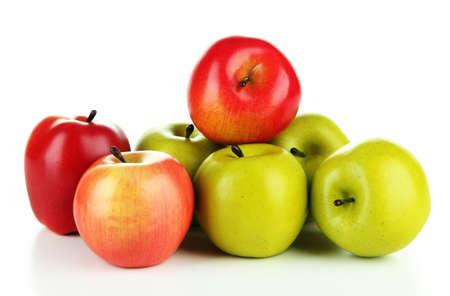 manzana roja: Manzanas maduras sabrosas aisladas en blanco