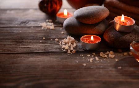 sal: Composición de tratamiento de spa en madera
