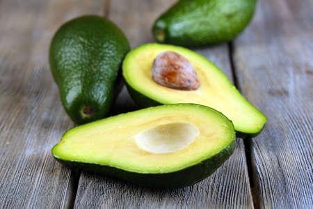 Avocado: Aguacate en madera
