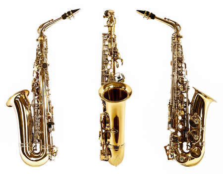 soprano saxophone: Saxofones de oro aisladas en blanco