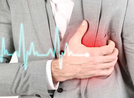 Man met pijn op de borst - hartaanval