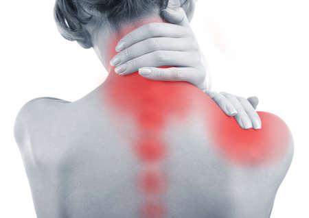首と肩の痛みを持つ若い女性をクローズ アップ