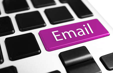 correo electronico: Cierre de botón Correo electrónico del teclado