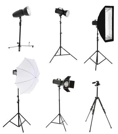 camara de cine: Equipo fotográfico aislado en blanco Foto de archivo