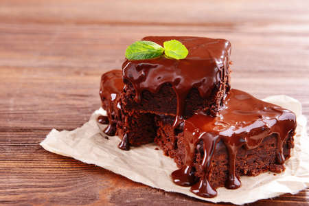 chocolate cakes: Delicious chocolate cakes on table close-up