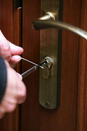 breaking: Burglar breaking into house