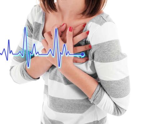 ataque al corazón: Mujer que tiene dolor en el pecho - ataque al corazón.