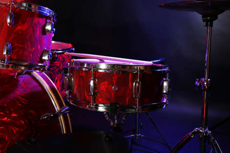Drum set on a stage Banque d'images