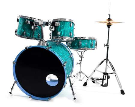 Set van drums geïsoleerd op een witte achtergrond