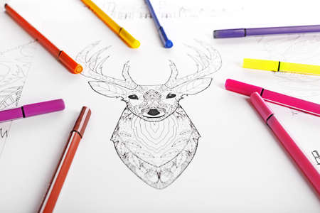 Doodle drawing of deer and colour felt pens Standard-Bild