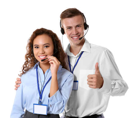 Despachadores de call center de soporte técnico sobre fondo blanco% 00