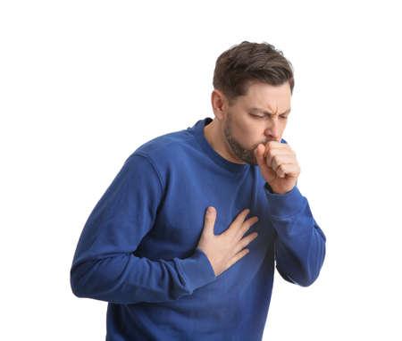 Mann mit Husten isoliert auf weißem Hintergrund Standard-Bild