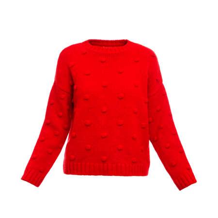 Stilvoller warmer weiblicher Pullover auf weißem Hintergrund