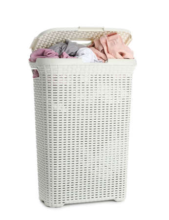 Plastic laundry basket full of dirty clothes on white background Imagens - 124957896