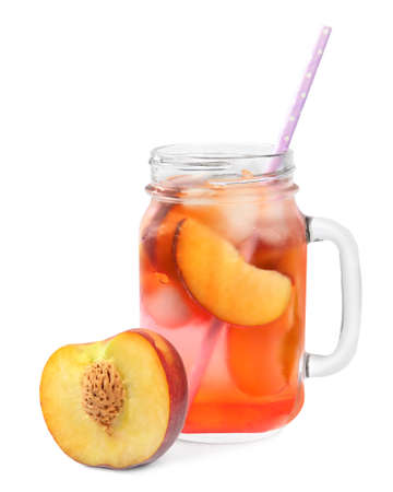 Delicious refreshing peach cocktail in mason jar on white background 免版税图像