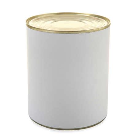 Barattolo di latta chiuso isolato su bianco, mockup per il design