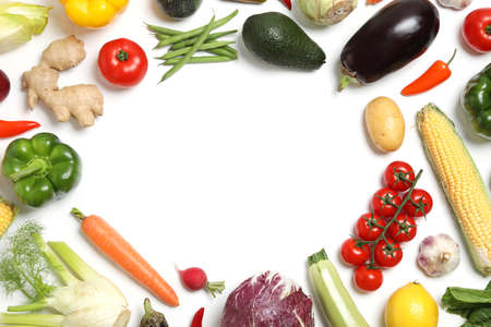 Frame made of different fresh vegetables on white background, top view. Space for text 스톡 콘텐츠