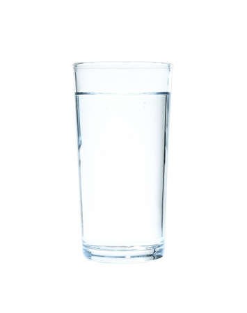 Glass of water on blue background. Refreshing drink Standard-Bild - 129470263
