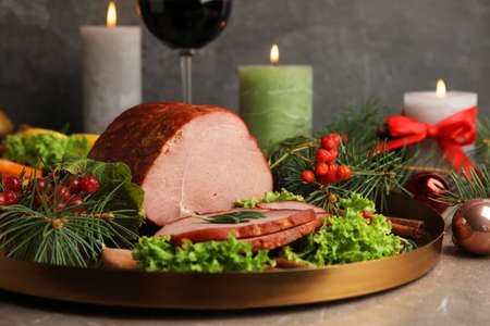 Delicious ham served on table. Christmas dinner 스톡 콘텐츠