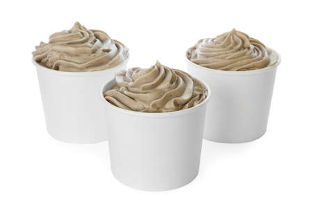 Cups with tasty frozen yogurt on white background Banque d'images - 131844303