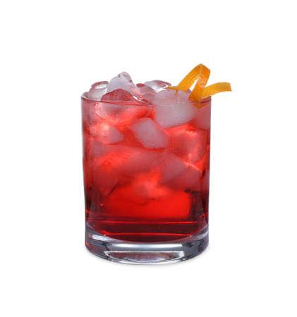 Fresh alcoholic Negroni cocktail isolated on white Foto de archivo