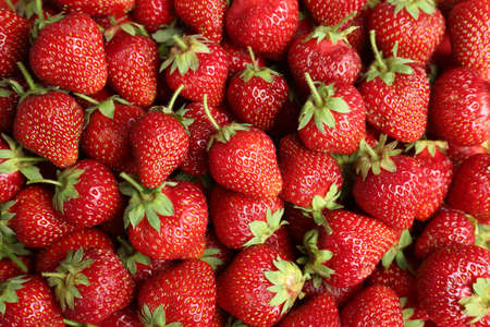 Tasty ripe strawberries as background, top view Banque d'images