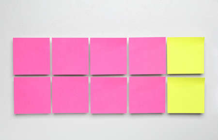 Flat lay composition with sticky notes on white background. Pareto principle concept Stockfoto
