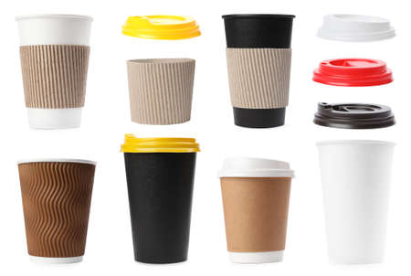 Set of paper coffee cups on white background Foto de archivo