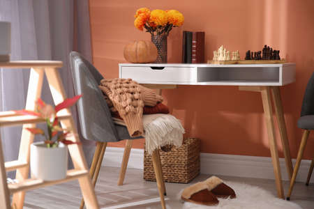 Cozy room interior inspired by autumn colors Stock fotó