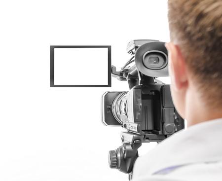 비디오 카메라 연산자 흰색 배경에 고립입니다. 화면에 초점을 맞 춥니 다.