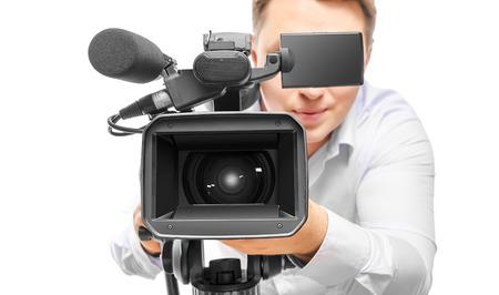 흰색 배경에 고립 된 비디오 카메라 연산자