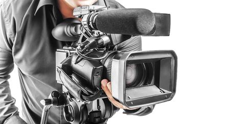 camara de cine: El operador video aislado en un fondo blanco