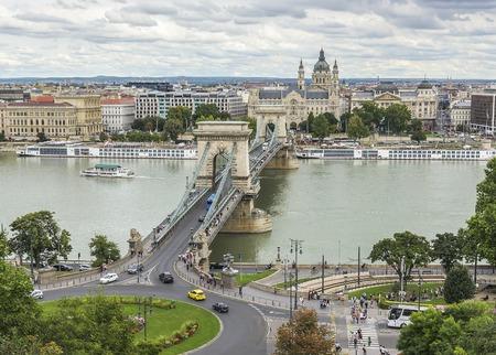 szechenyi: BUDAPEST, SEPTEMBER 18: View of Szechenyi Chain bridge on September 18, 2016 in Budapest, Hungary